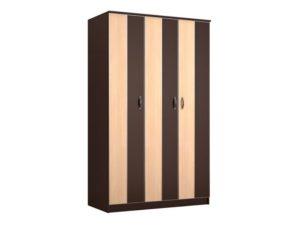 трехдверный распашной  шкаф
