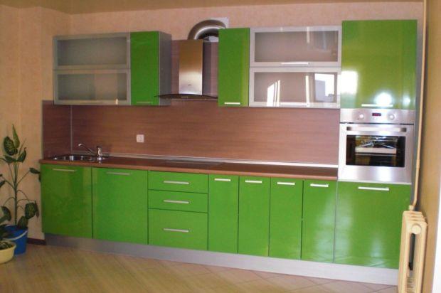 кухни с фасадами из пластика