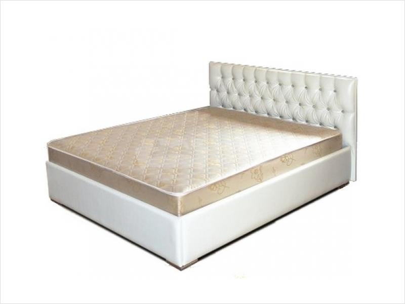 кровати с мягкими спинками